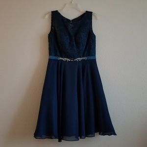 Dresses & Skirts - Short formal / prom / homecoming dress